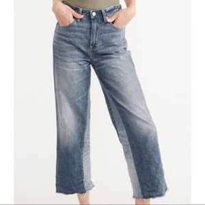 NWT Abercrombie Crop Stovepipe Jean.